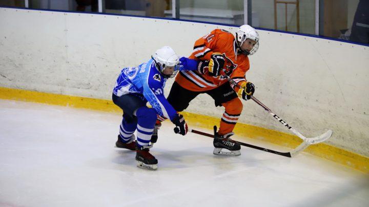 «Полюс-2006» провел товарищеские игры с хабаровским «Амуром»