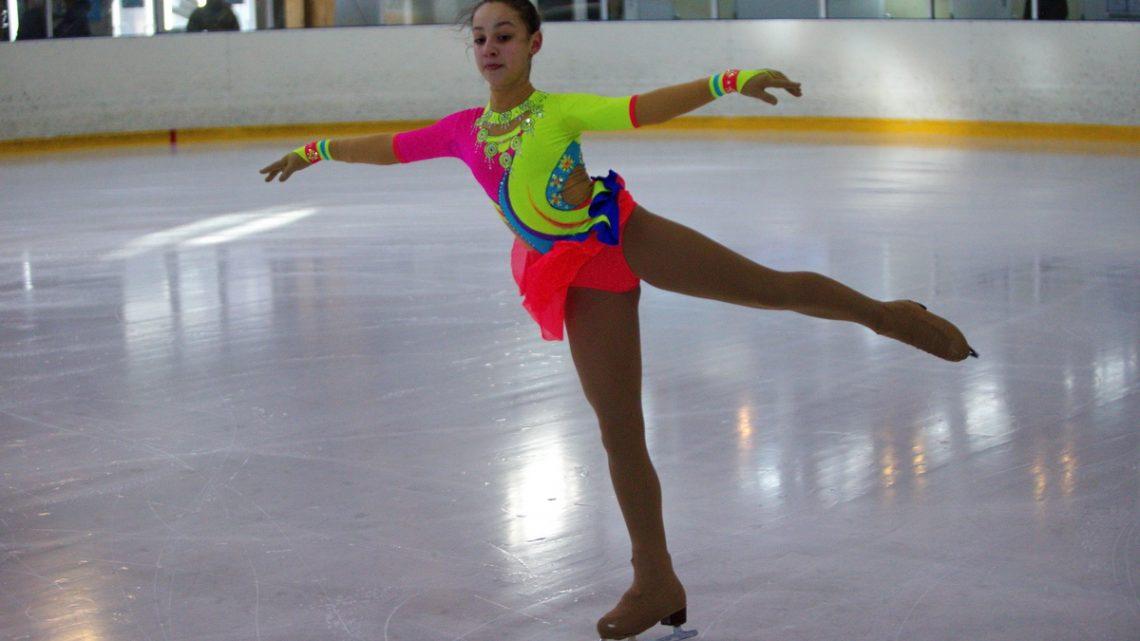 Фигуристы СК «Полюс» завоевали шесть медалей на турнире «Бархатный сезон» в Артеме