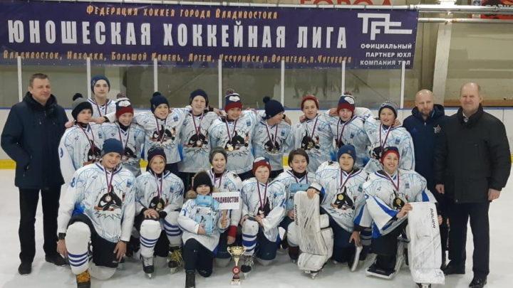«Полюс-2006» одержал победу на краевом этапе «Золотой шайбы»