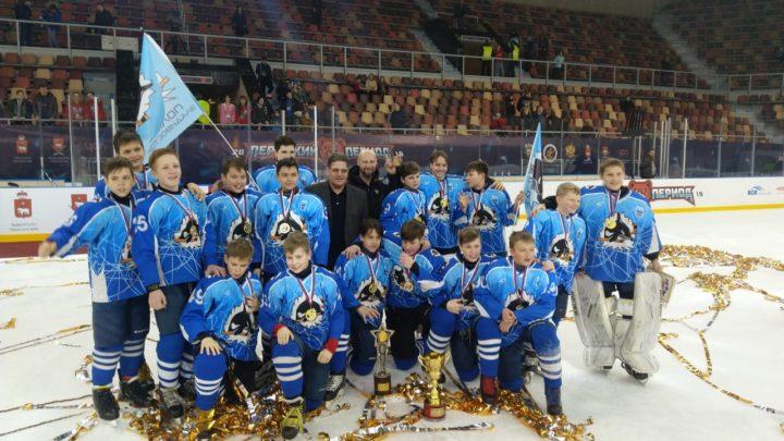 «Полюс-2006» из Владивостока – победитель  55-го финального турнира «Золотая шайба»