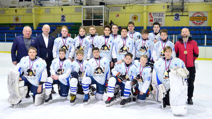 «Полюс-2006» стал победителем краевого этапа «Золотой шайбы»