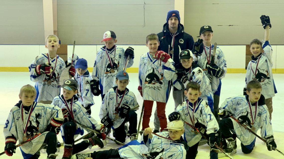 «Полюс-2012» завоевал «бронзу» на детском хоккейном турнире в Чугуевке